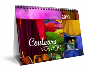 calendrier-chevalet-couleurs-voyages.png